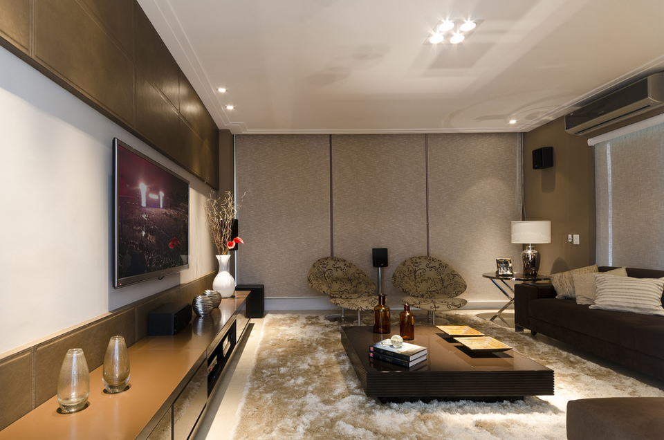 Home Theatre Sound And About